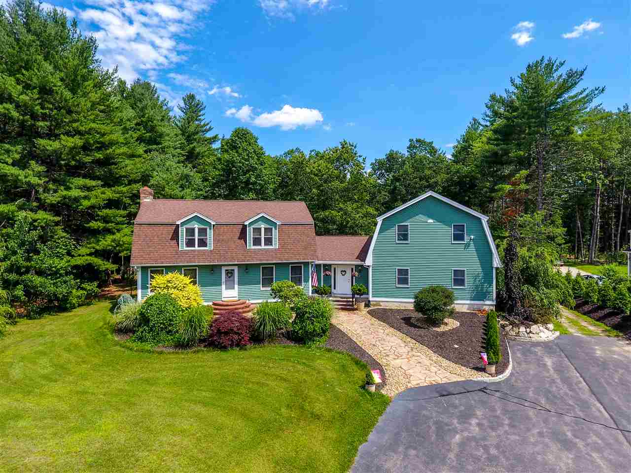 Photo of 125 Lowell Road Windham NH 03087