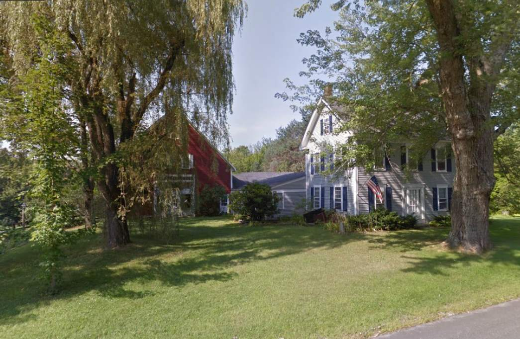Photo of 956 Old Concord Road Henniker NH 03242