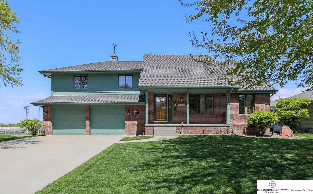 Photo of 16842 Pierce Street Omaha NE 68130