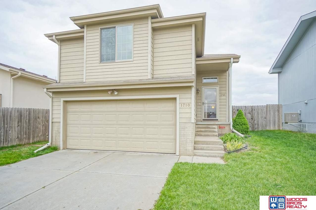 Photo of 1710 SW Lacey Lane Lincoln NE 68522