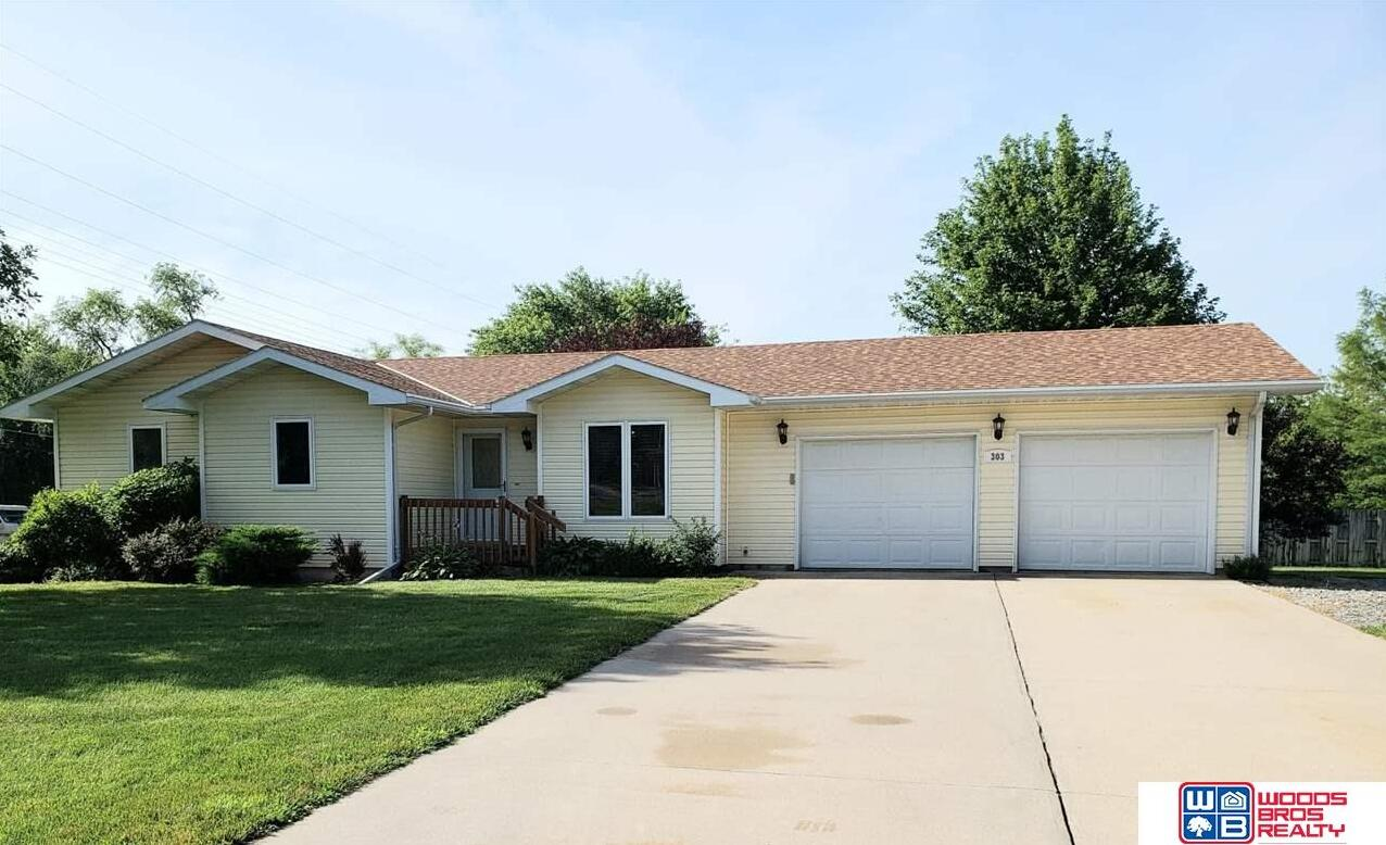 Photo of 303 W Park Street Beatrice NE 68310