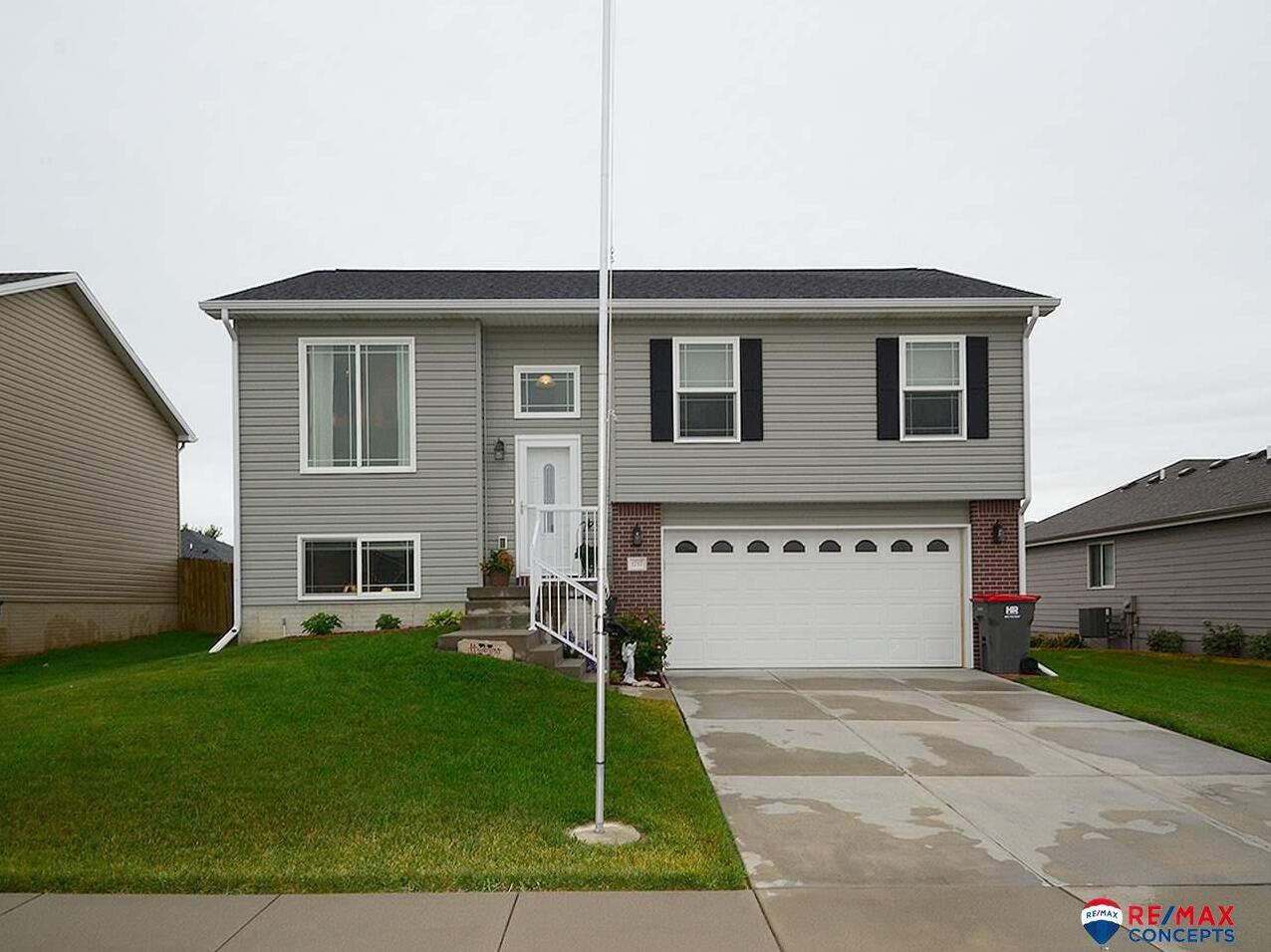 Photo of 1717 NW Flader Street Lincoln NE 68528