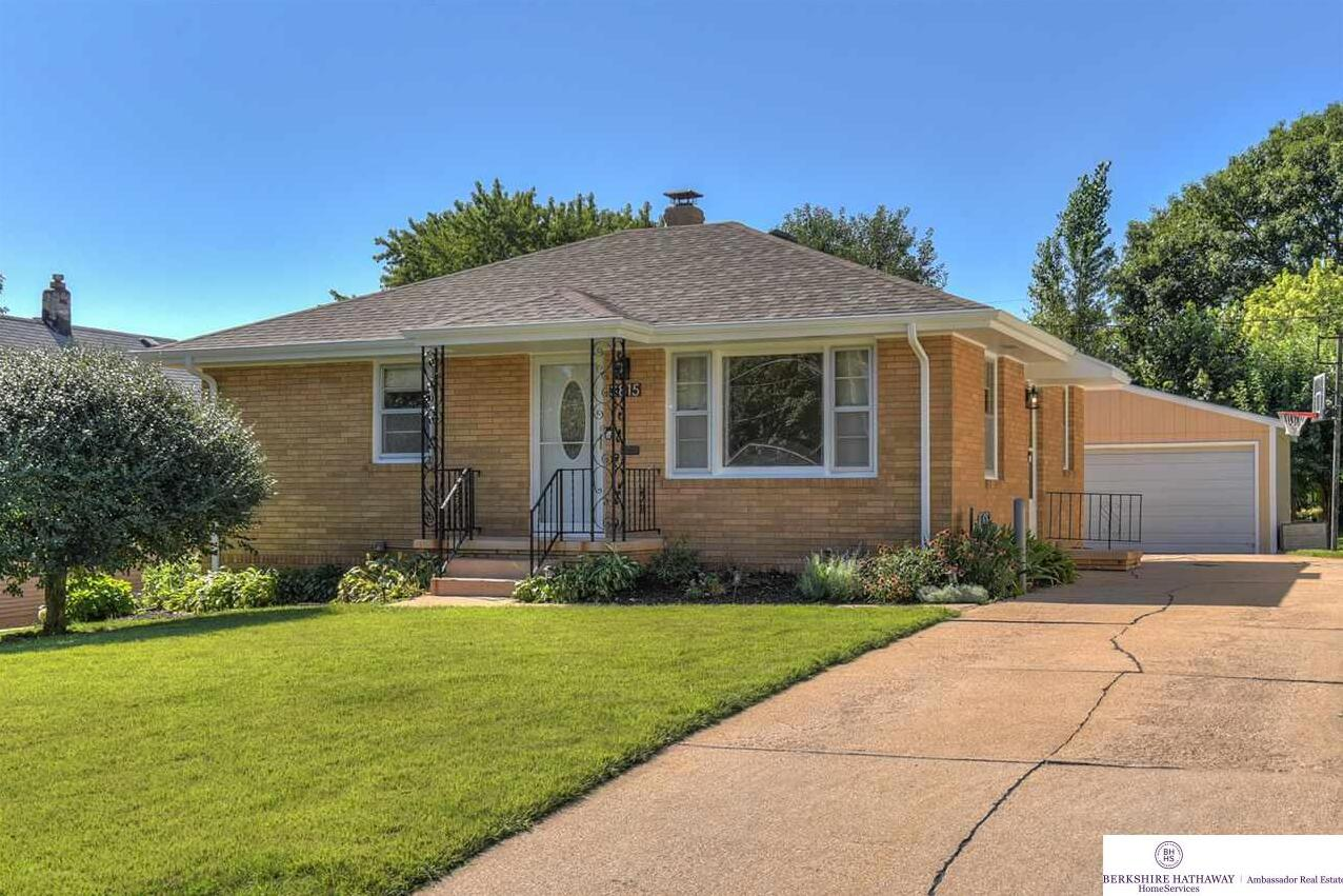 Photo of 3815 I Street Omaha NE 68107