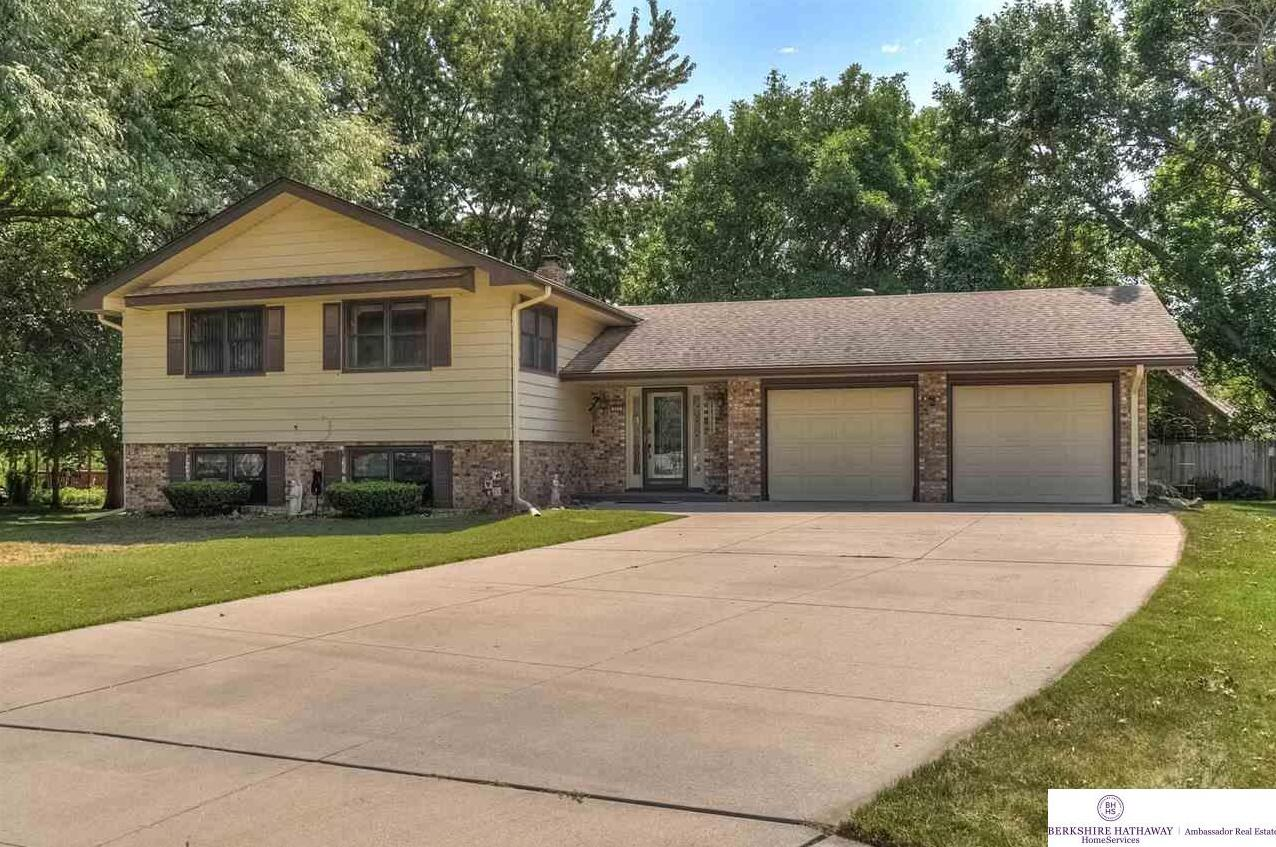 Photo of 321 Sherwood Circle Gretna NE 68028