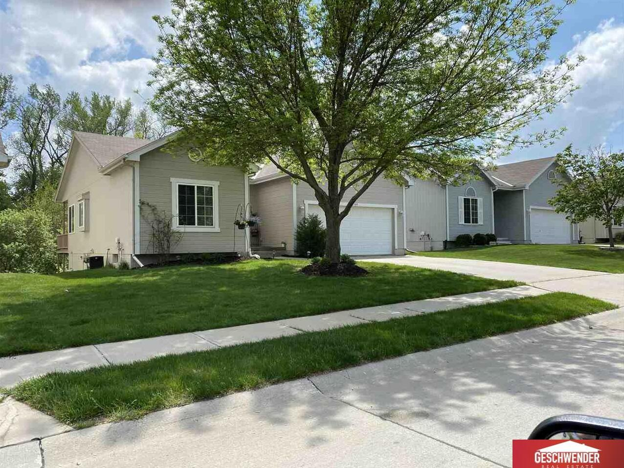 Photo of 15309 Saratoga Street Omaha NE 68116