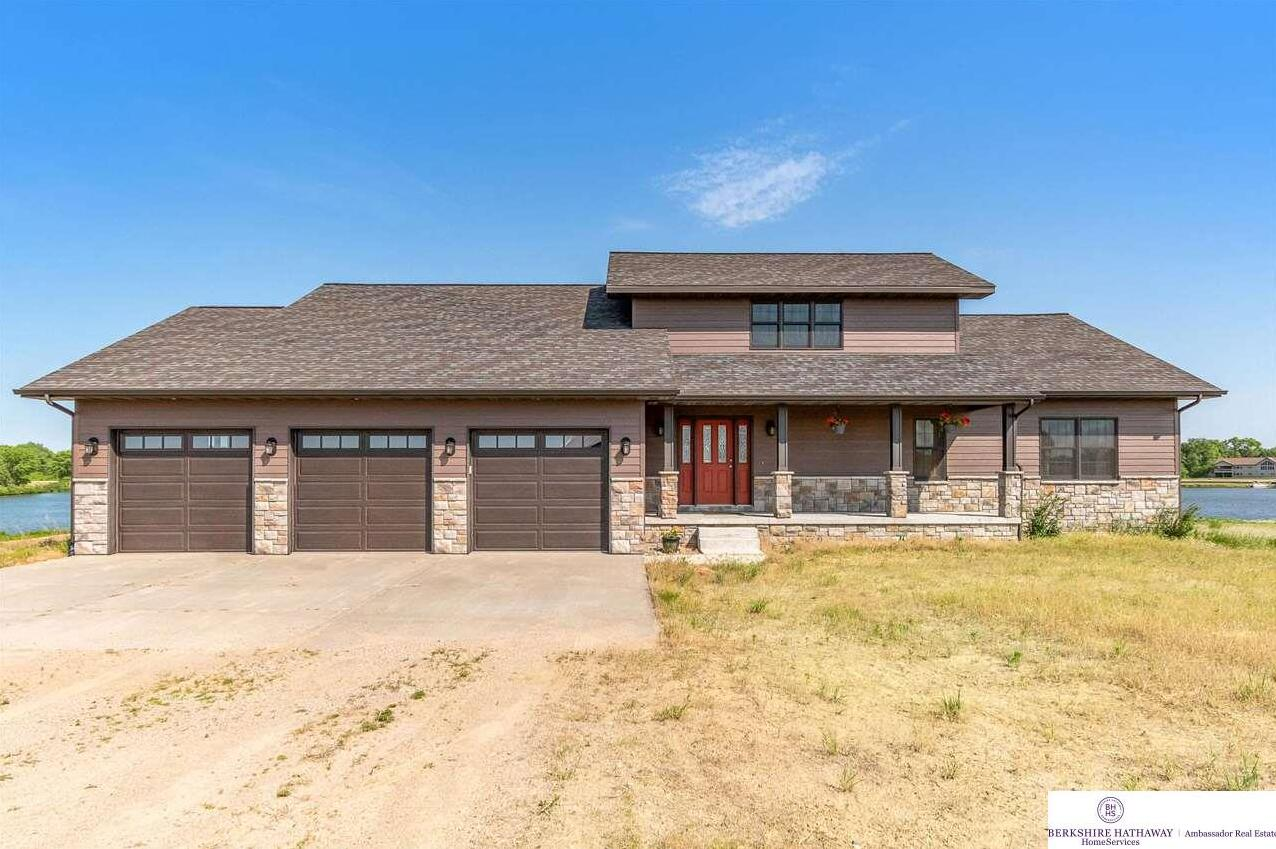 Photo of 57338 Willers Cove North Drive Pilger NE 68768