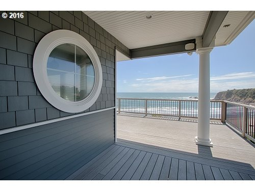 Photo of 1007 WHARF ST Brookings OR 97415