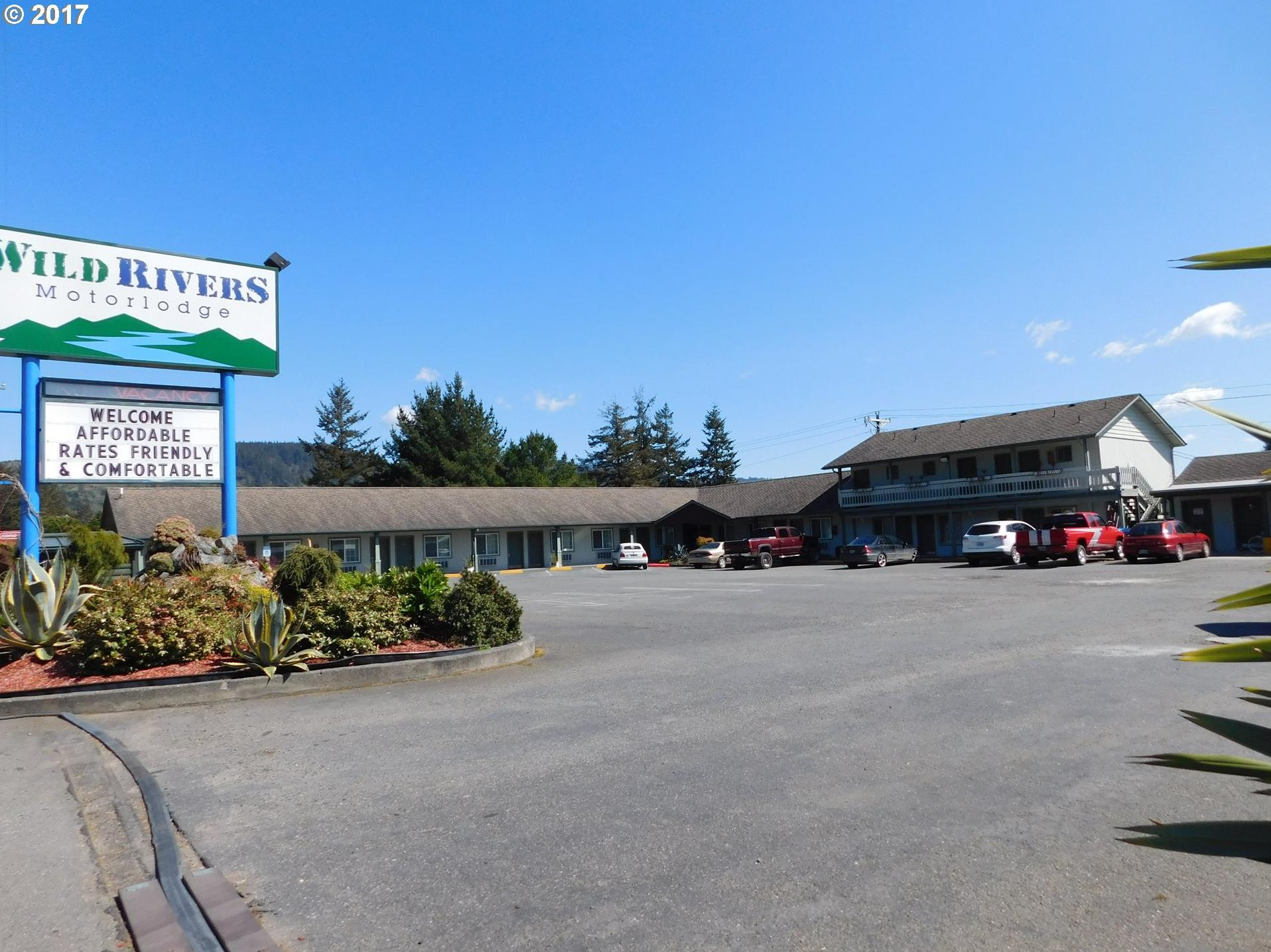 Photo of 437 CHETCO AVE Brookings OR 97415