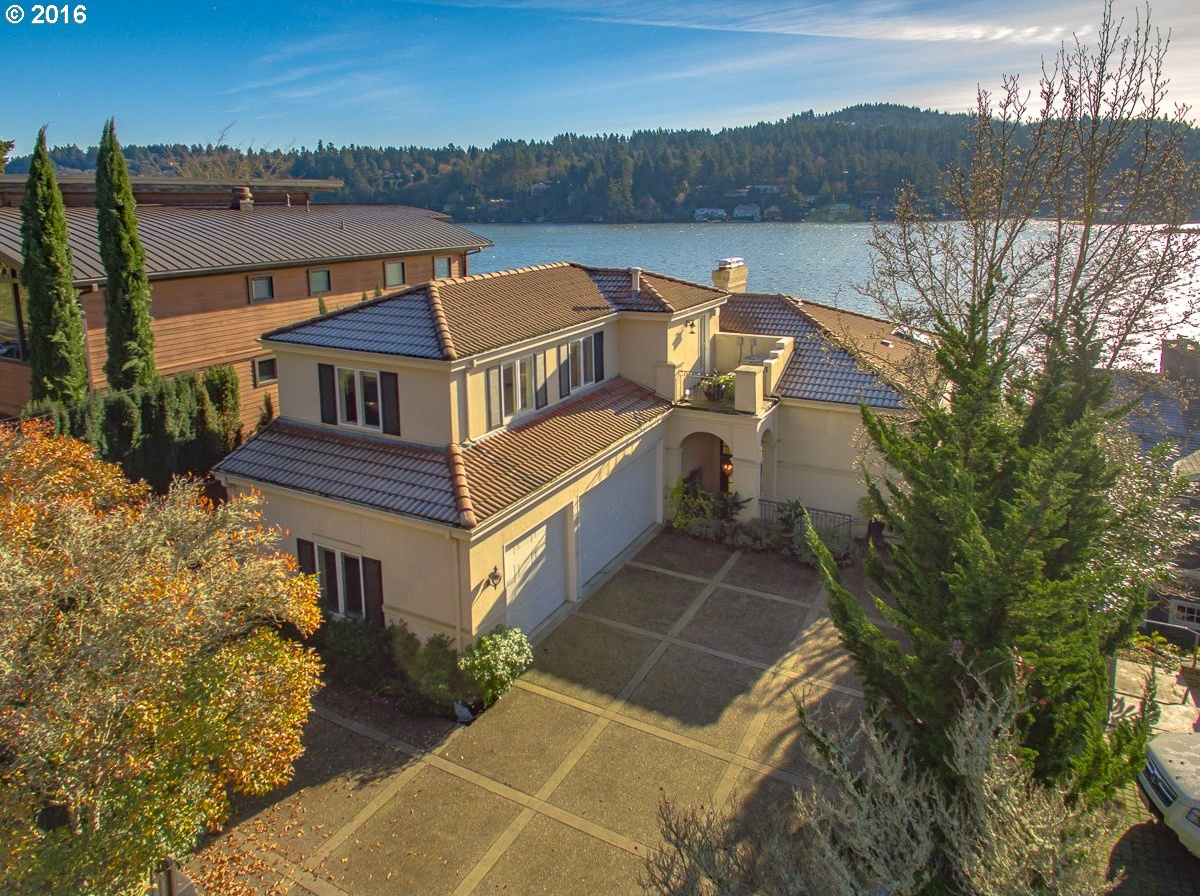 Photo of 3458 LAKEVIEW BLVD Lake Oswego OR 97035