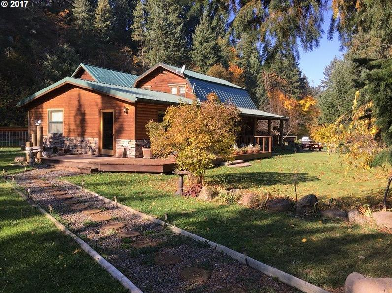Photo of 3960 NEAL CREEK RD Hood River OR 97031