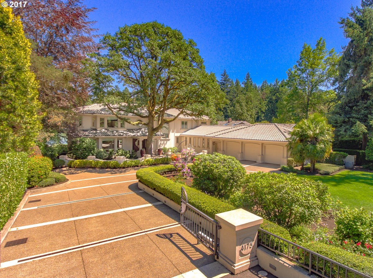 Photo of 4175 SOUTHSHORE BLVD Lake Oswego OR 97035