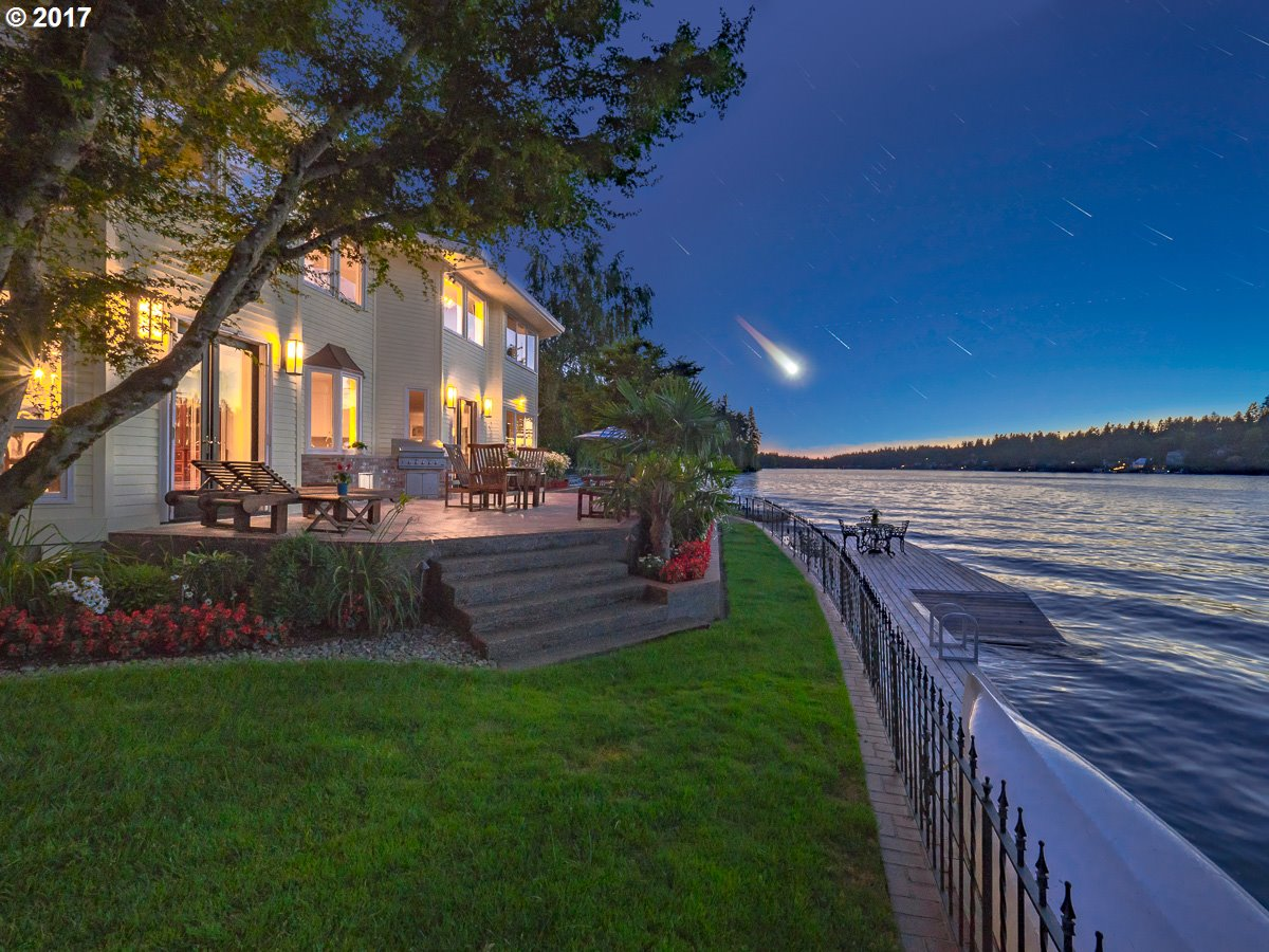 Photo of 1495 OAK TER Lake Oswego OR 97034