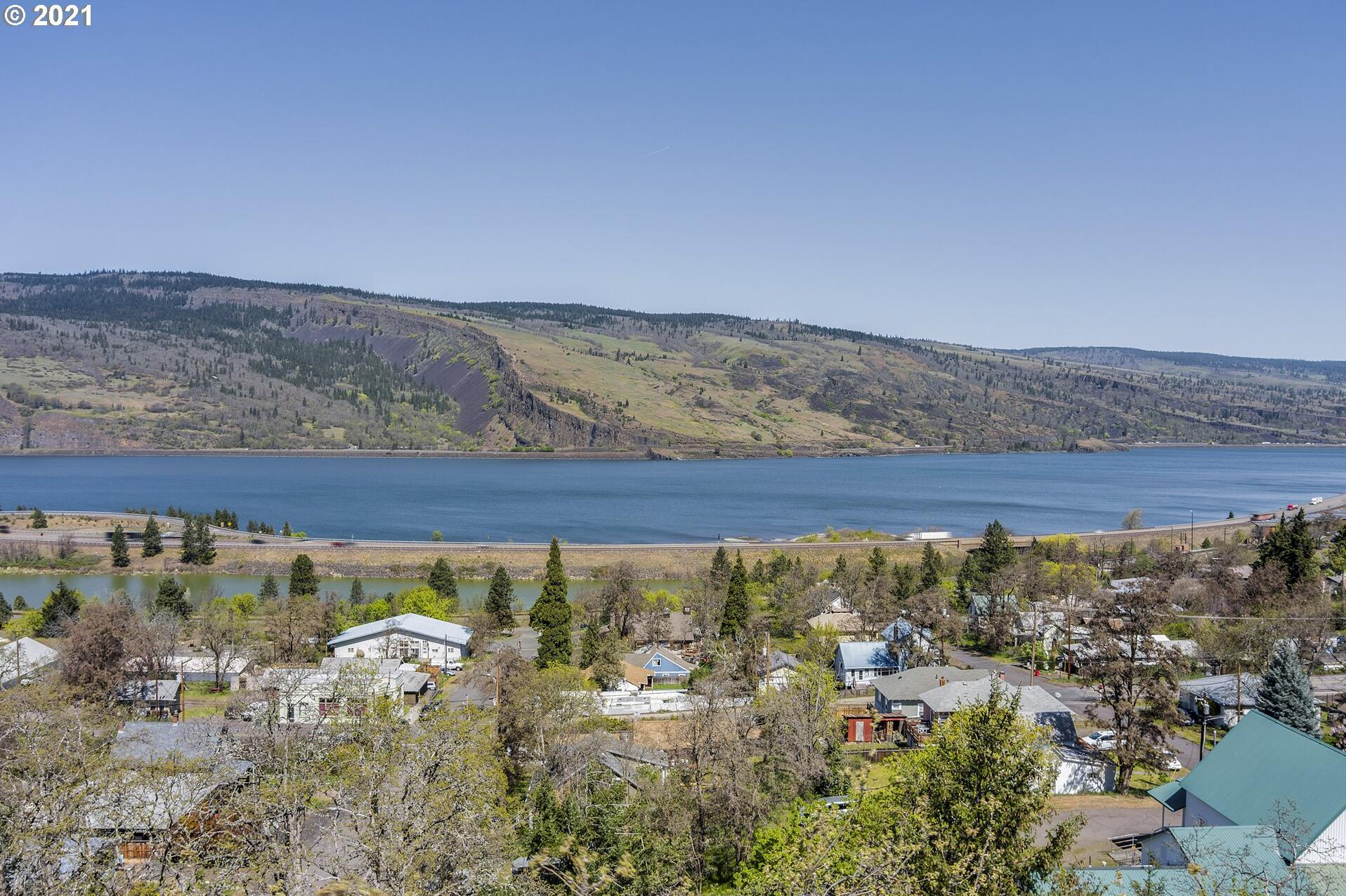 Photo of 895 FIFTH AVE Mosier OR 97040