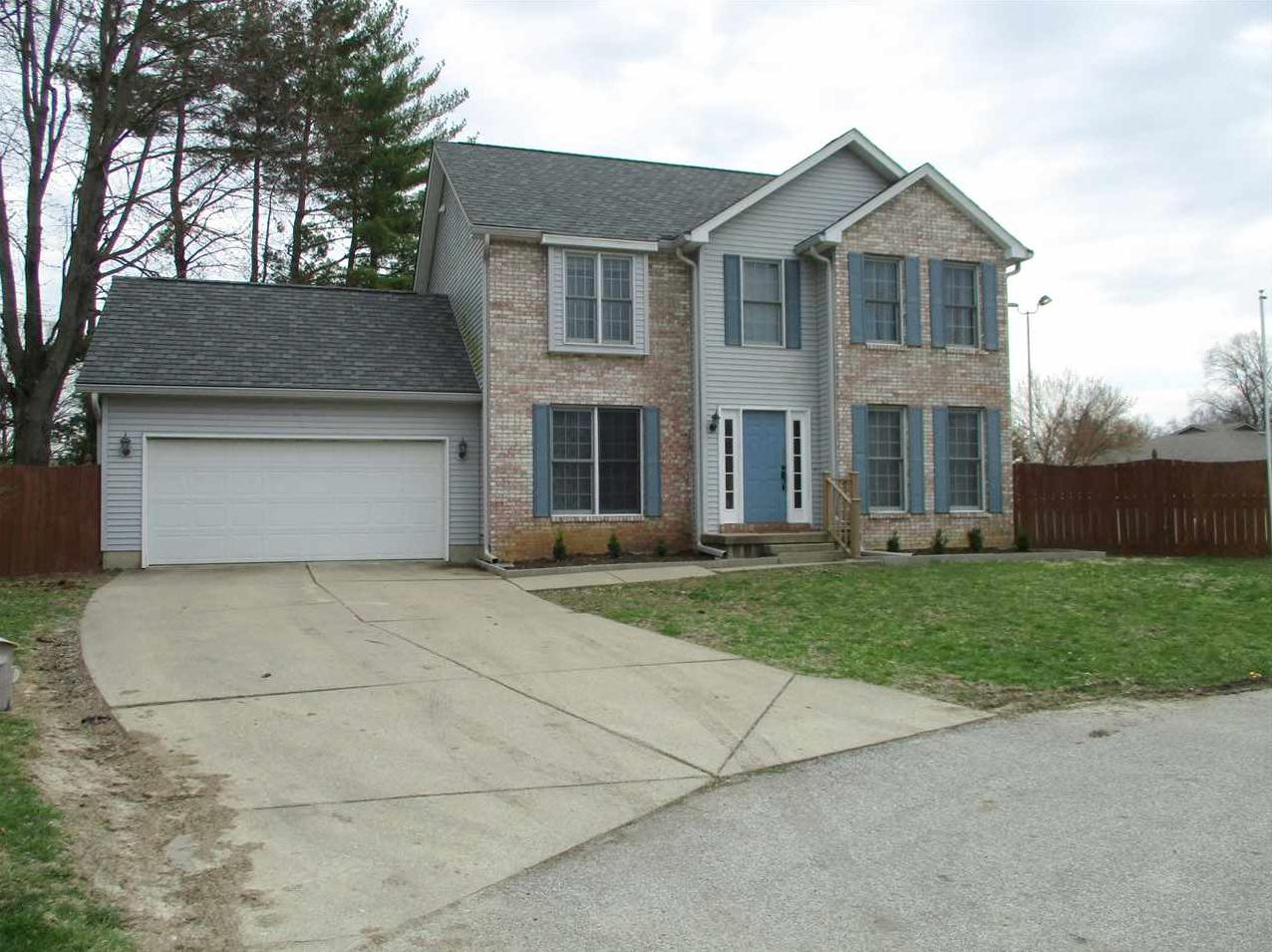 Photo of 1552 Hulman Waye Court Terre Haute IN 47803