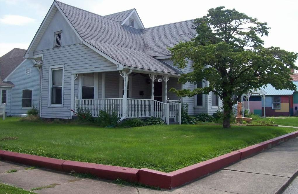 Photo of 89 A Street Linton IN 47441