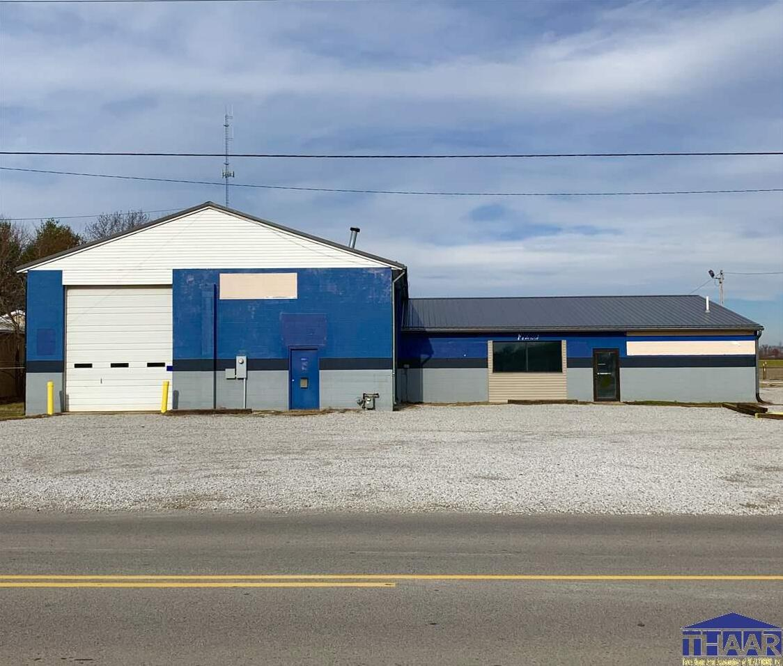 Photo of 801 Springhill Drive Terre Haute IN 47802