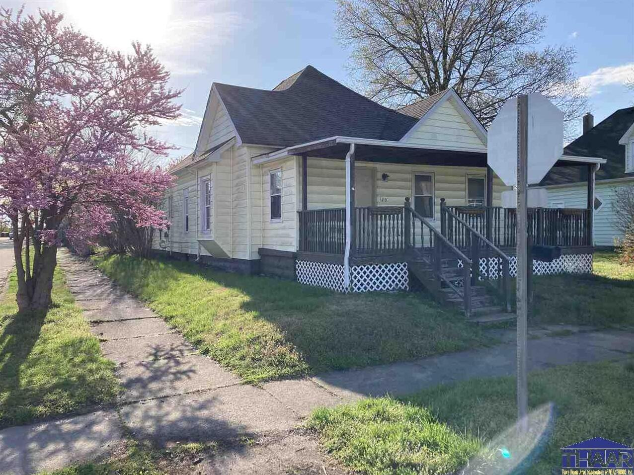 Photo of 129 8th Street West Terre Haute IN 47885