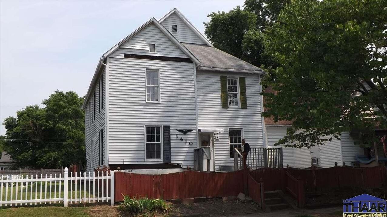 Photo of 1410 5th Avenue Terre Haute IN 47807
