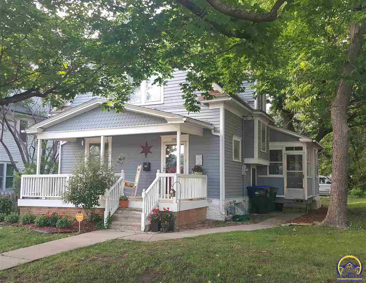 Photo of 1118 SW 2nd ST Topeka KS 66606