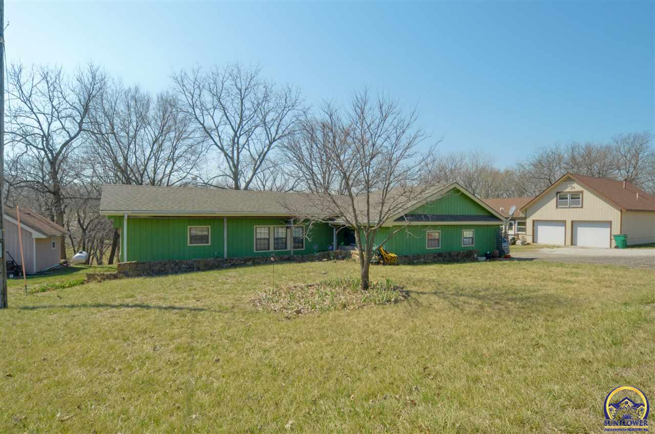 Photo of 5364 Choctaw LN Mclouth KS 66054