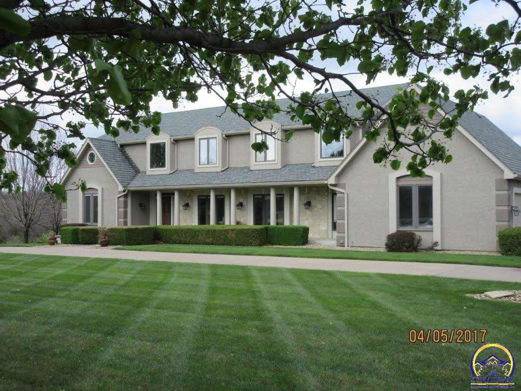 Photo of 3949 SW Indian Hills RD Topeka KS 66610