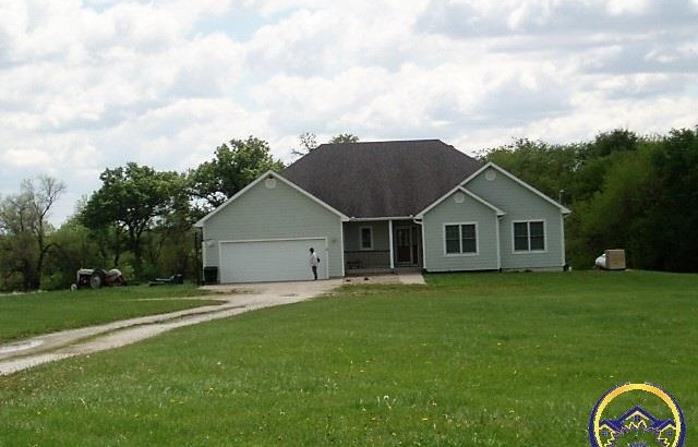Photo of 3092 Shawnee Rd Wellsville KS 66092