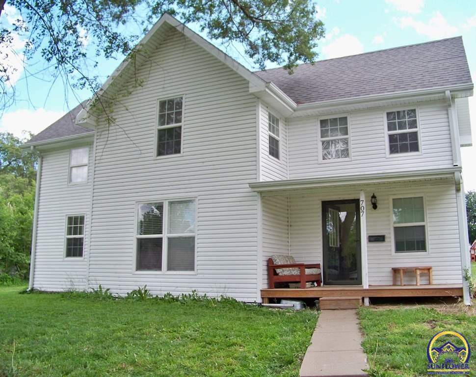 Photo of 707 Linn Street Valley Falls KS 66088