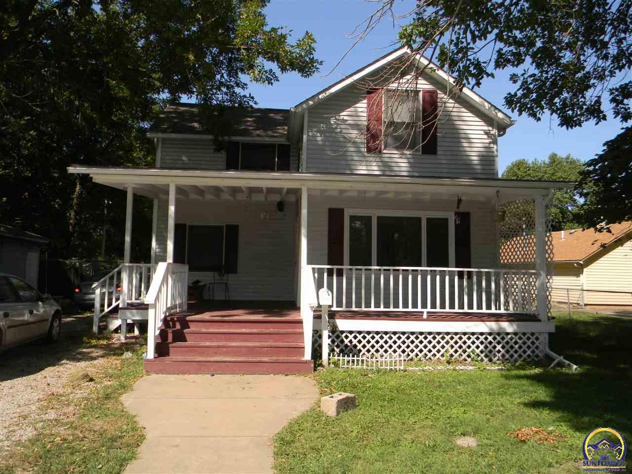 Photo of 1121 NE Winfield AVE Topeka KS 66616