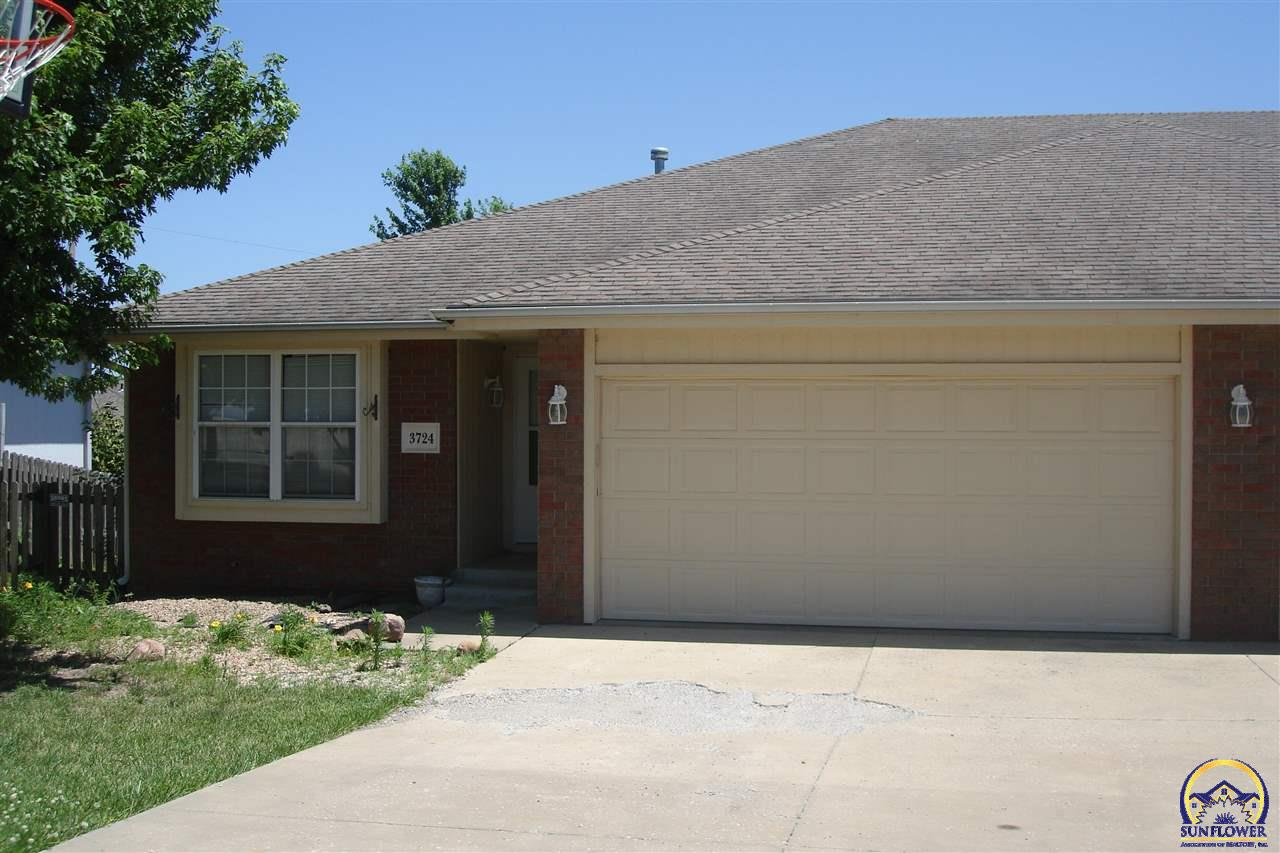 Photo of 3724 SW Moundview CT Topeka KS 66610
