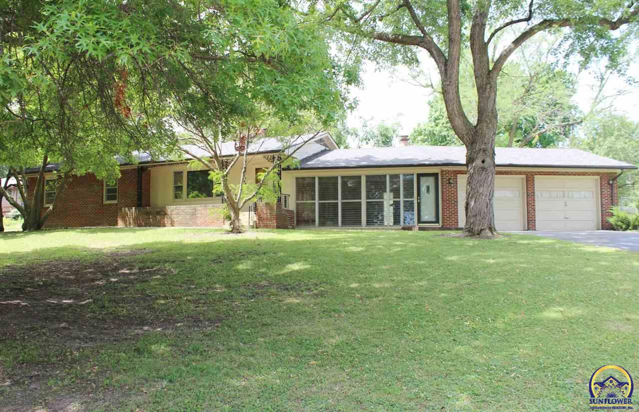 Photo of 4705 SW West Hills DR Topeka KS 66606