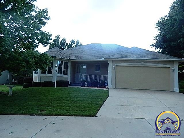 Photo of 2413 SW Camelot PL Topeka KS 66614