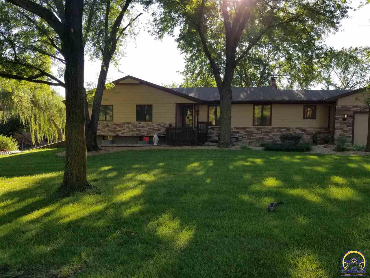 Photo of 3021 SW Indian Hills RD Topeka KS 66614