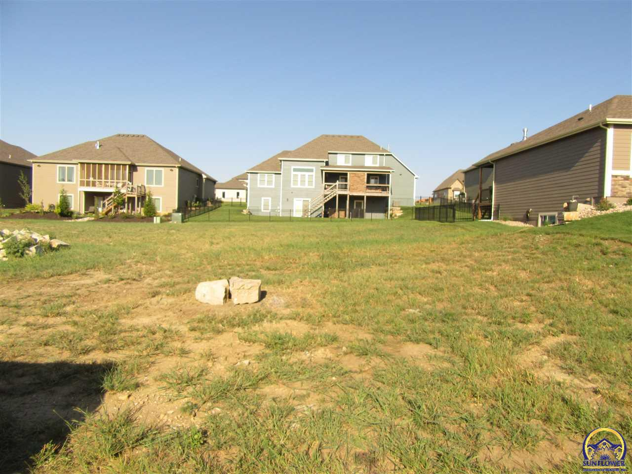 Photo of 326 Headwaters Dr Lawrence KS 66049