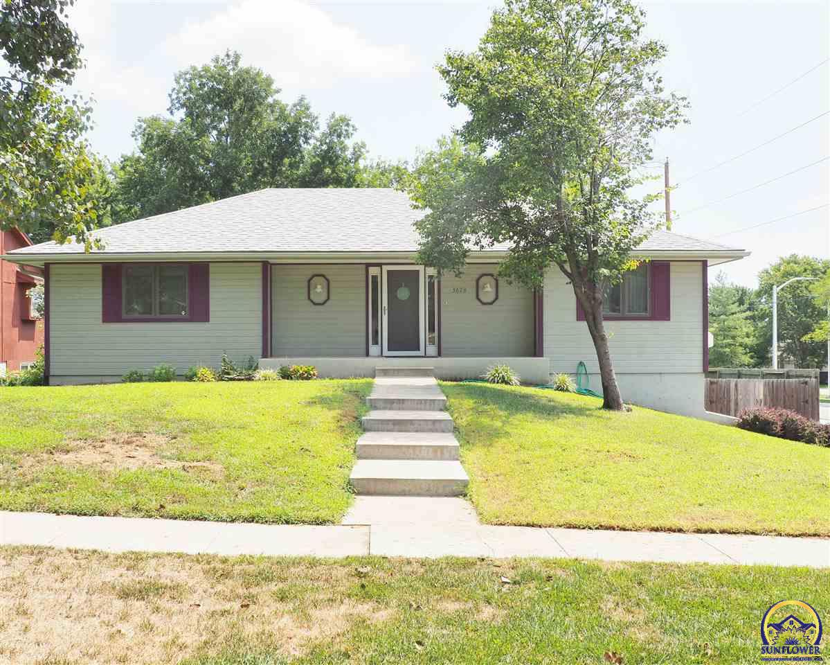 Photo of 3628 SW Woodvalley TER Topeka KS 66614