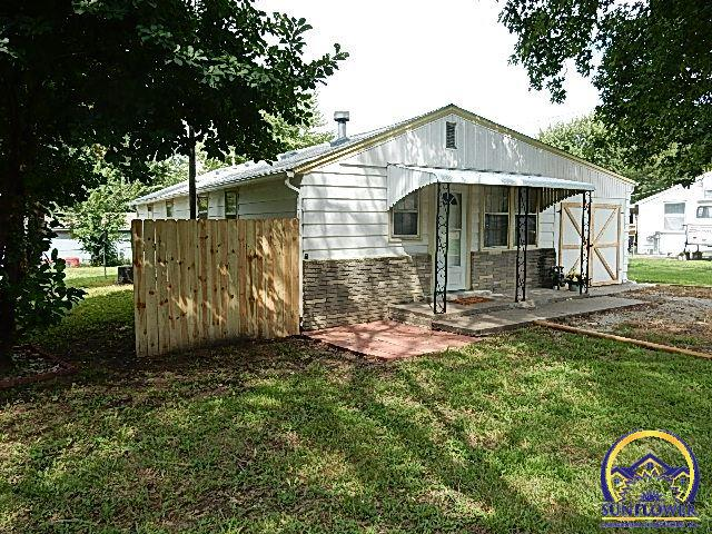 Photo of 311 Wilson St Carbondale KS 66414