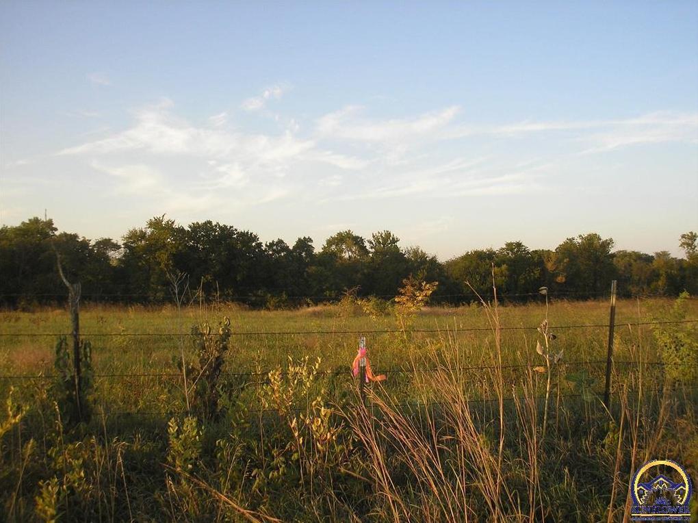 Photo of 1075 N 1 Rd Baldwin City KS 66006