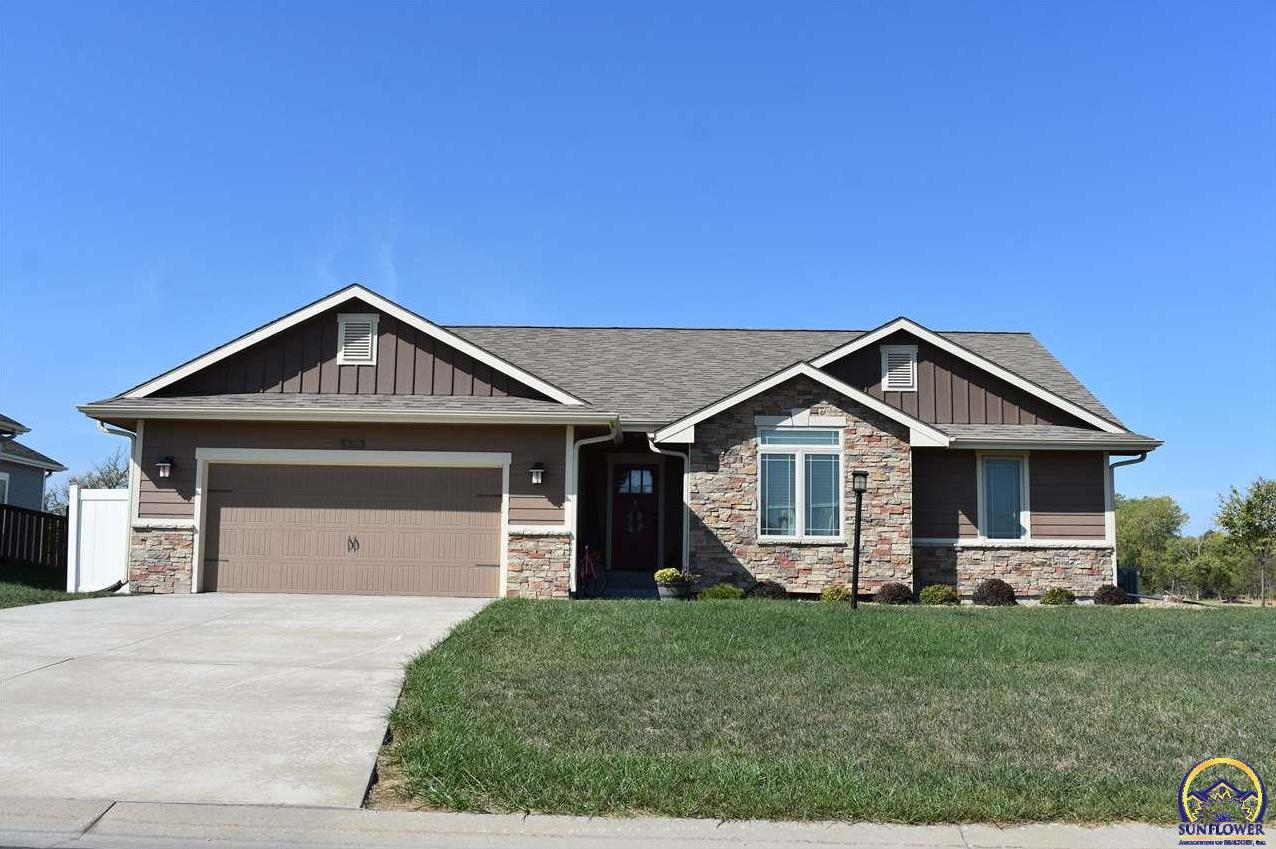Photo of 5323 NW Sterling Chase DR Topeka KS 66618