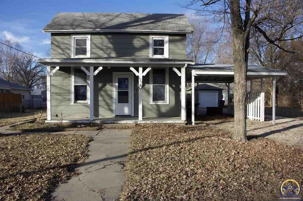 Photo of 420 E Perry ST Rossville KS 66533