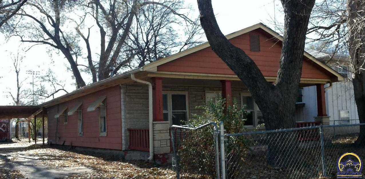 Photo of 1127 Yuma St Manhattan KS 66502