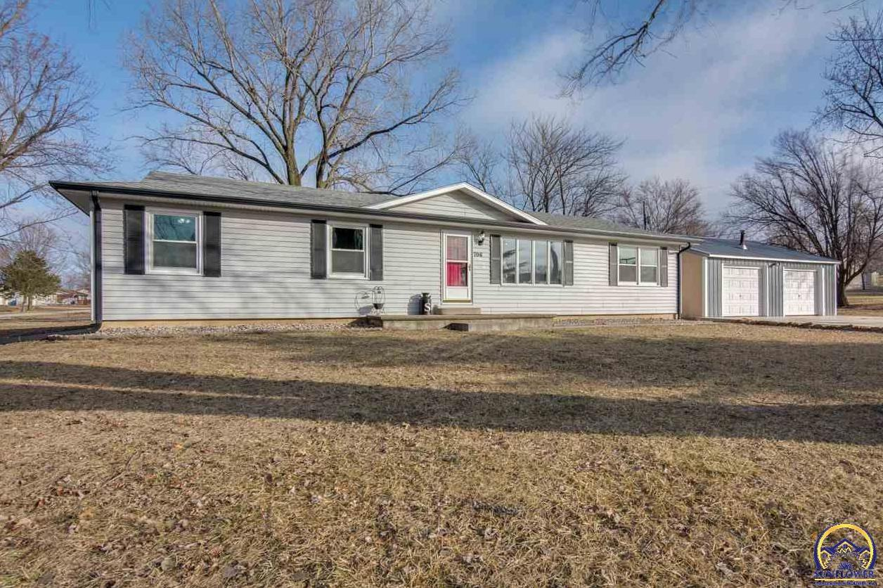 Photo of 706 W 2nd ST Overbrook KS 66524
