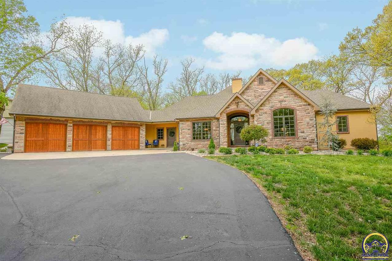 Photo of 25999 Clover CT Lawrence KS 66044