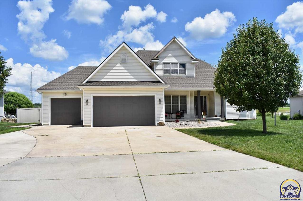 Photo of 5222 Sterling Chase DR Topeka KS 66618