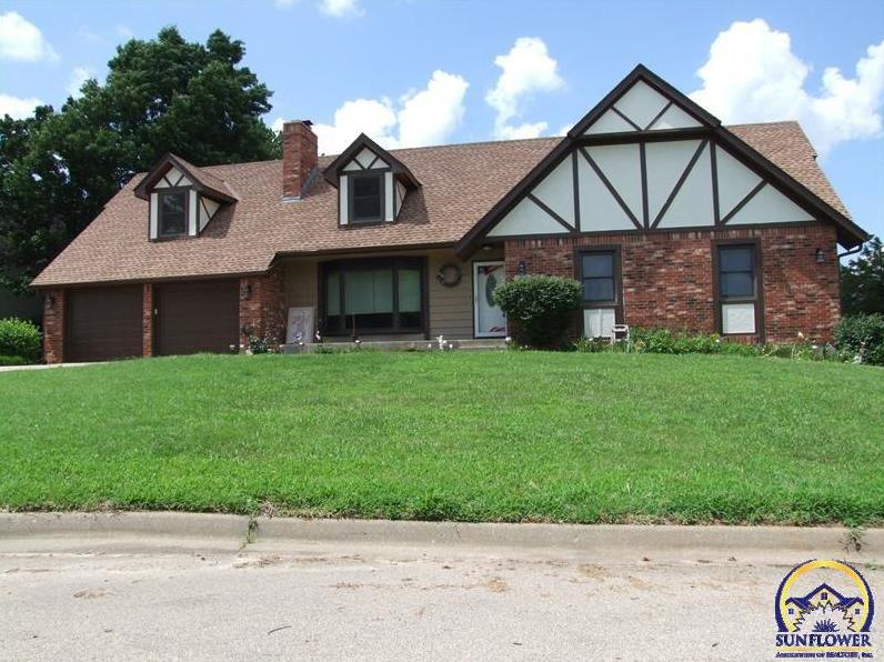 Photo of 7040 Queens CT Topeka KS 66614