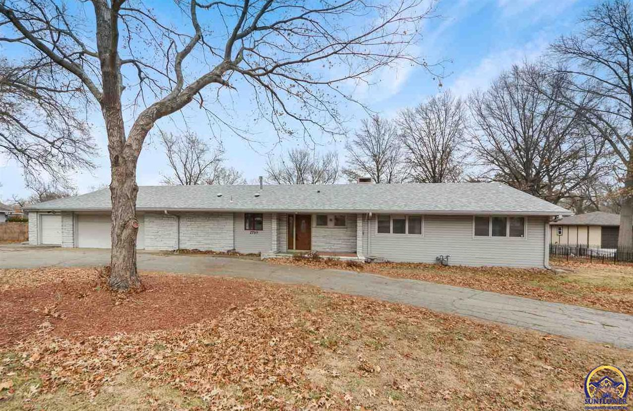 Photo of 2710 Burlingame RD Topeka KS 66611