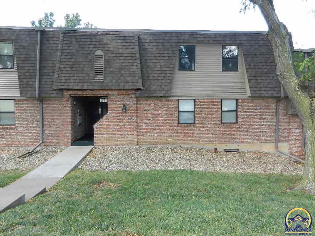 Photo of 2823 Prairie RD Topeka KS 66614
