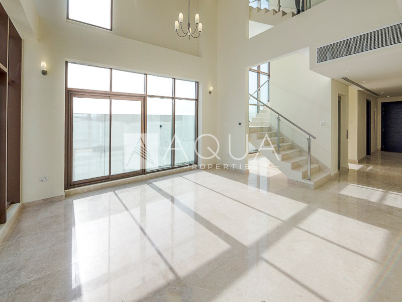 Exclusive 6 Bed | Single Row | Best View