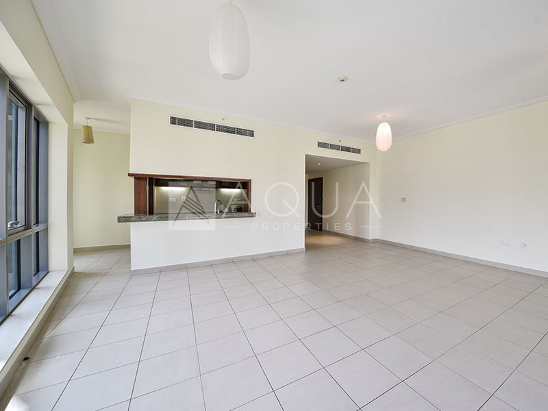 Balcony | Well-Maintained | Immaculate | Mid Floor