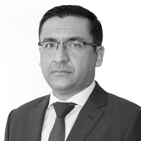 Sangeen Khan