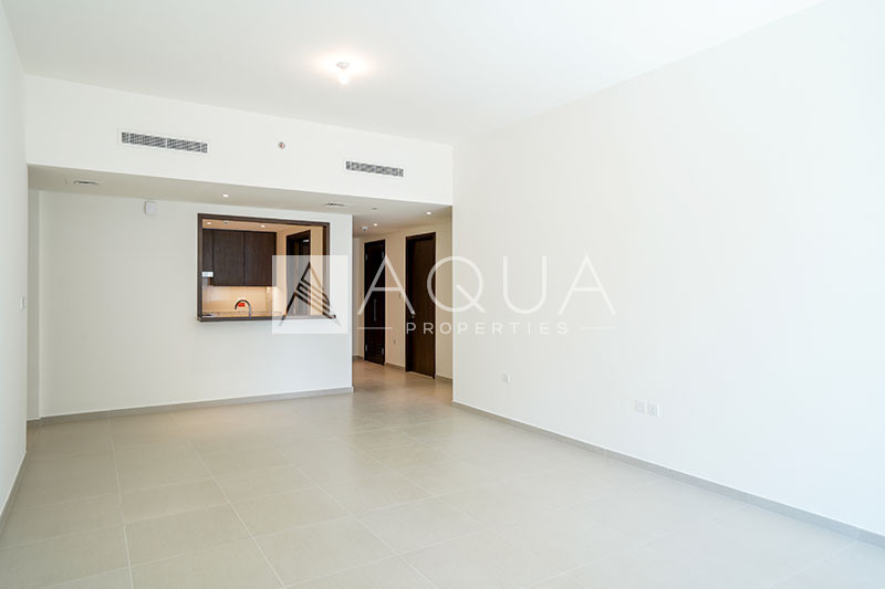 Panoramic View, Mid Floor, Vacant and New