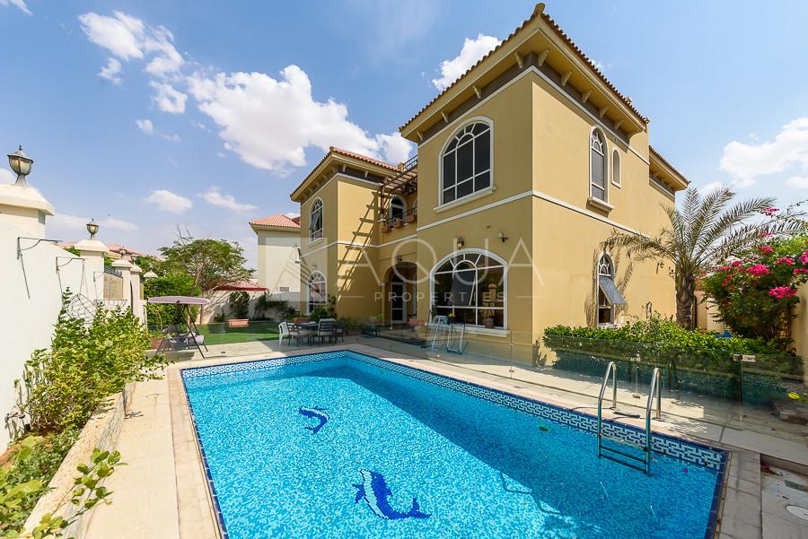 Vacant| Custom | Serene Park View | Private Pool
